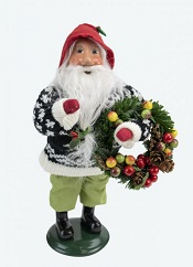 GnomeWithWreathLittle