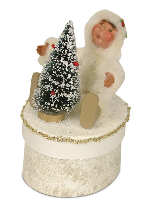 Byers' Choice #1831 Yule Box With Toddler with Tree