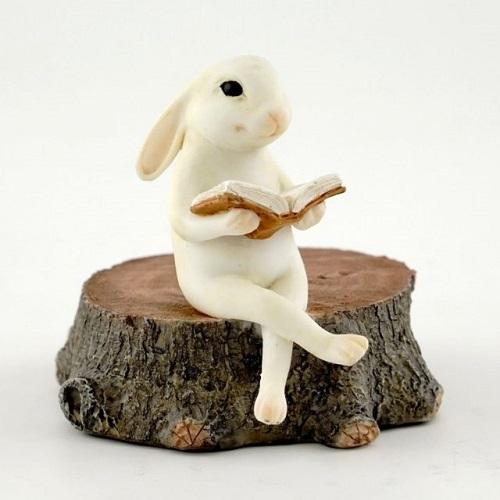 Topland #4390 Bunny Reading on Stump