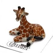 GiraffeCalfLittle